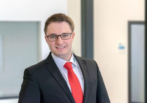 UTH Ansprechpartner Vertrieb Michael Schwab