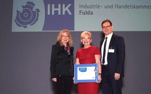 IHK-Auszeichung für UTH GmbH